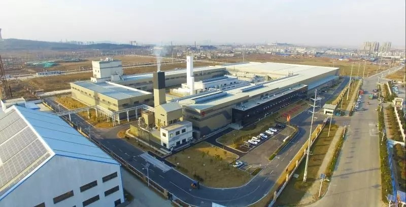 凯盛集团超薄高铝盖板玻璃在安徽蚌埠成功下线