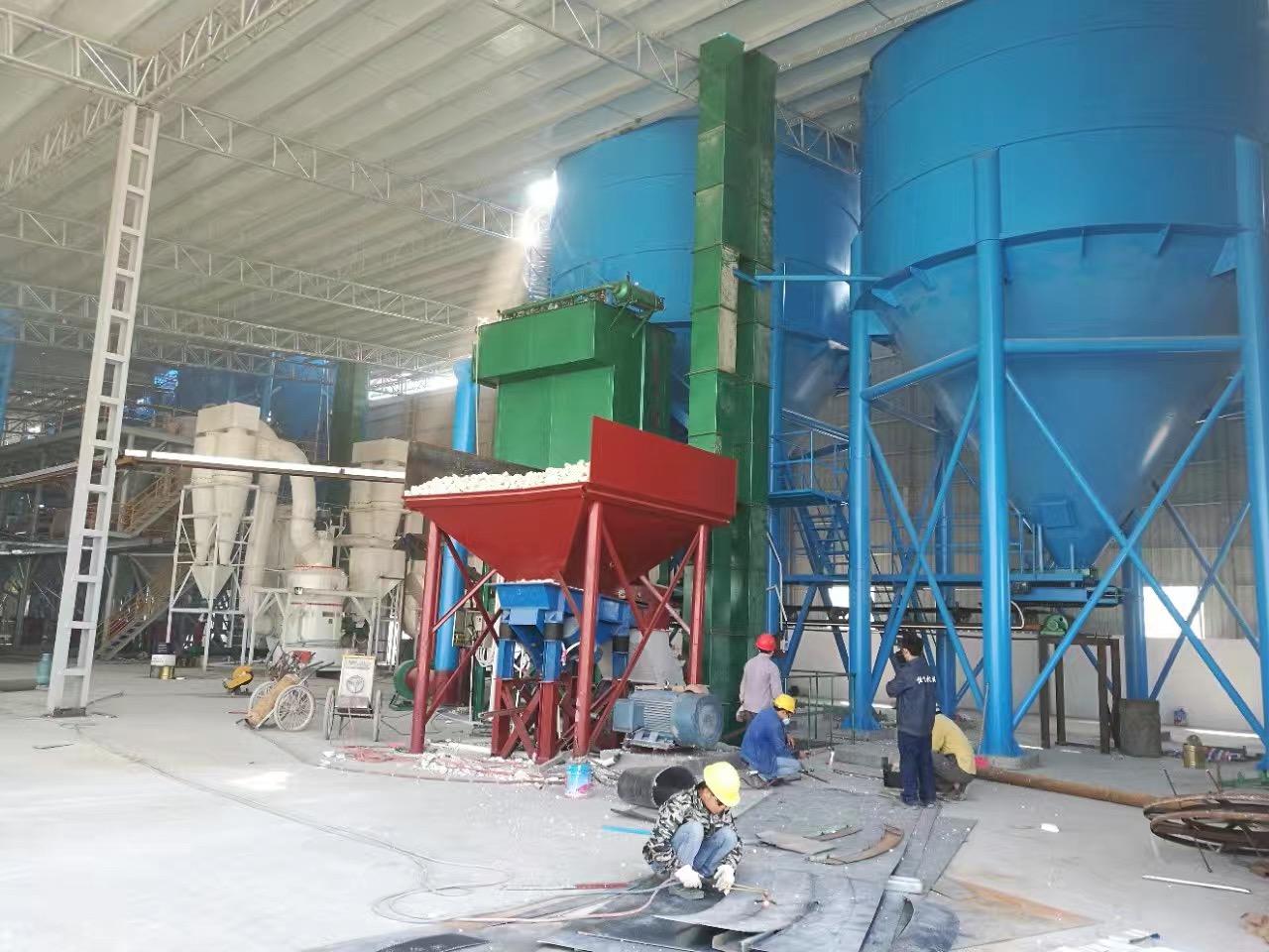 广西磨粉机厂节能雷蒙磨小型雷蒙磨粉机