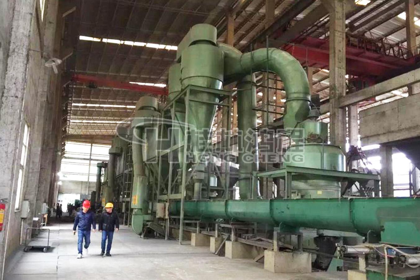 广西磨粉机价格膨润土、碳酸钙雷磨磨机方解石雷蒙磨