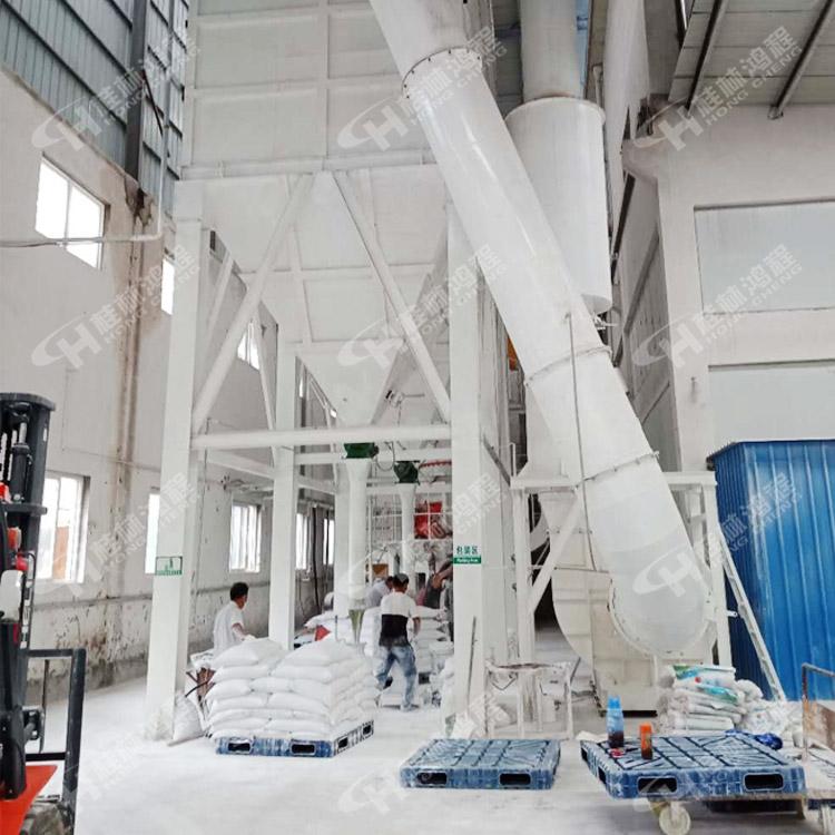 安徽方解石超细磨粉机碳酸钙超细立磨鸿程HLMX系列超细磨粉机