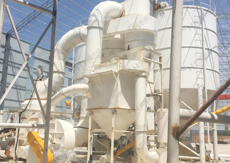 雷蒙机生产厂家HC系列优质石膏雷蒙磨粉机