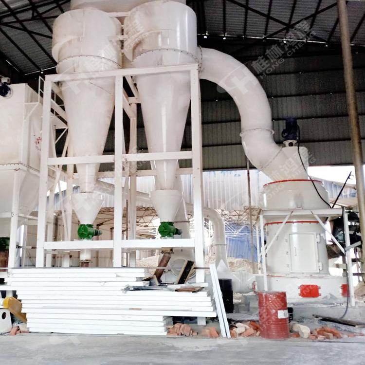 制作石英石的325粉雷蒙磨 鸿程HC1700纵摆式磨粉机